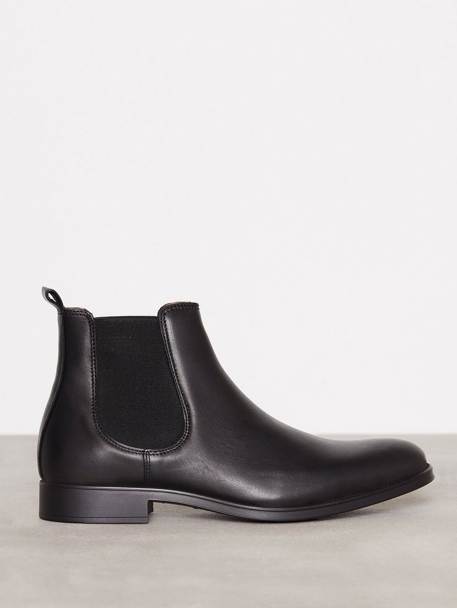 shdoliver chelsea boot noos selected homme black chelsea boots shoes men. Black Bedroom Furniture Sets. Home Design Ideas