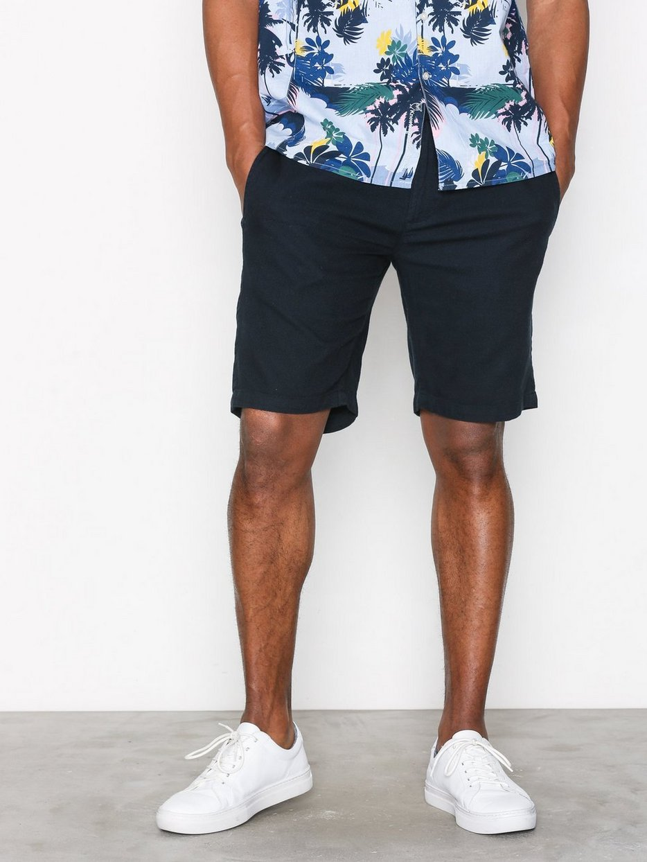 Loose shorts with string inside waist - GOTS