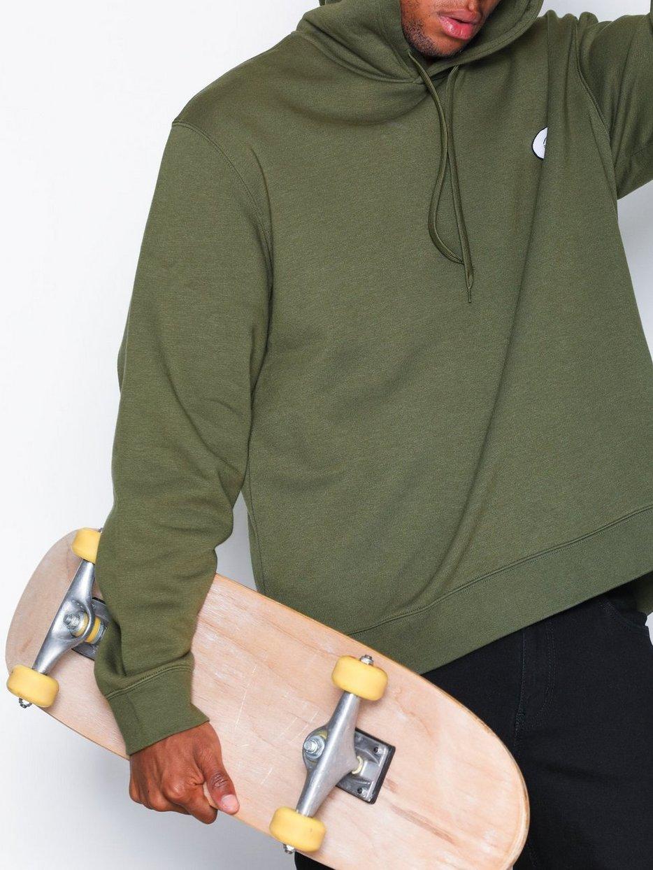 Pullover hood Skull badge