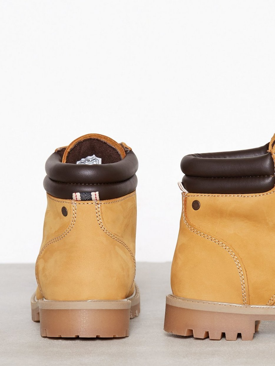 JFWSTOKE NUBUCK BOOT HONEY NOOS