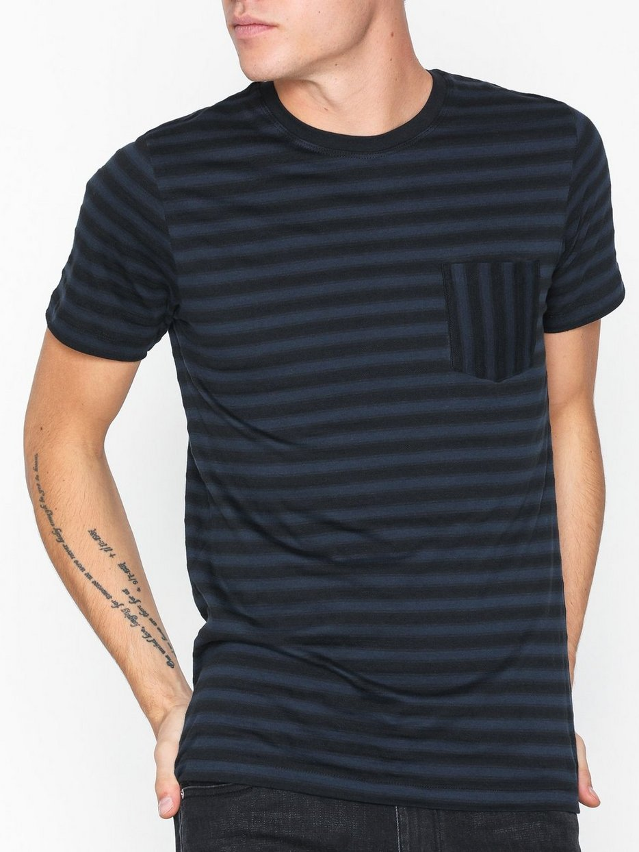 SLHMAX POCKET SS O-NECK TEE B