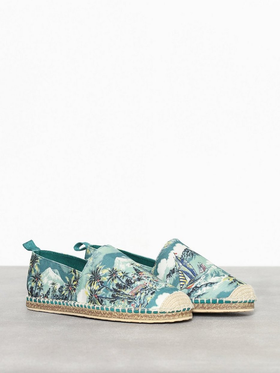Barron Shoe