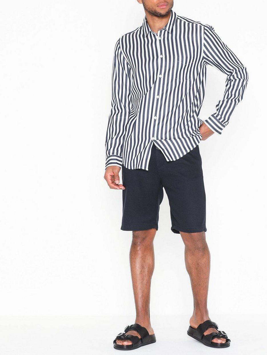 Crown Shorts 1363