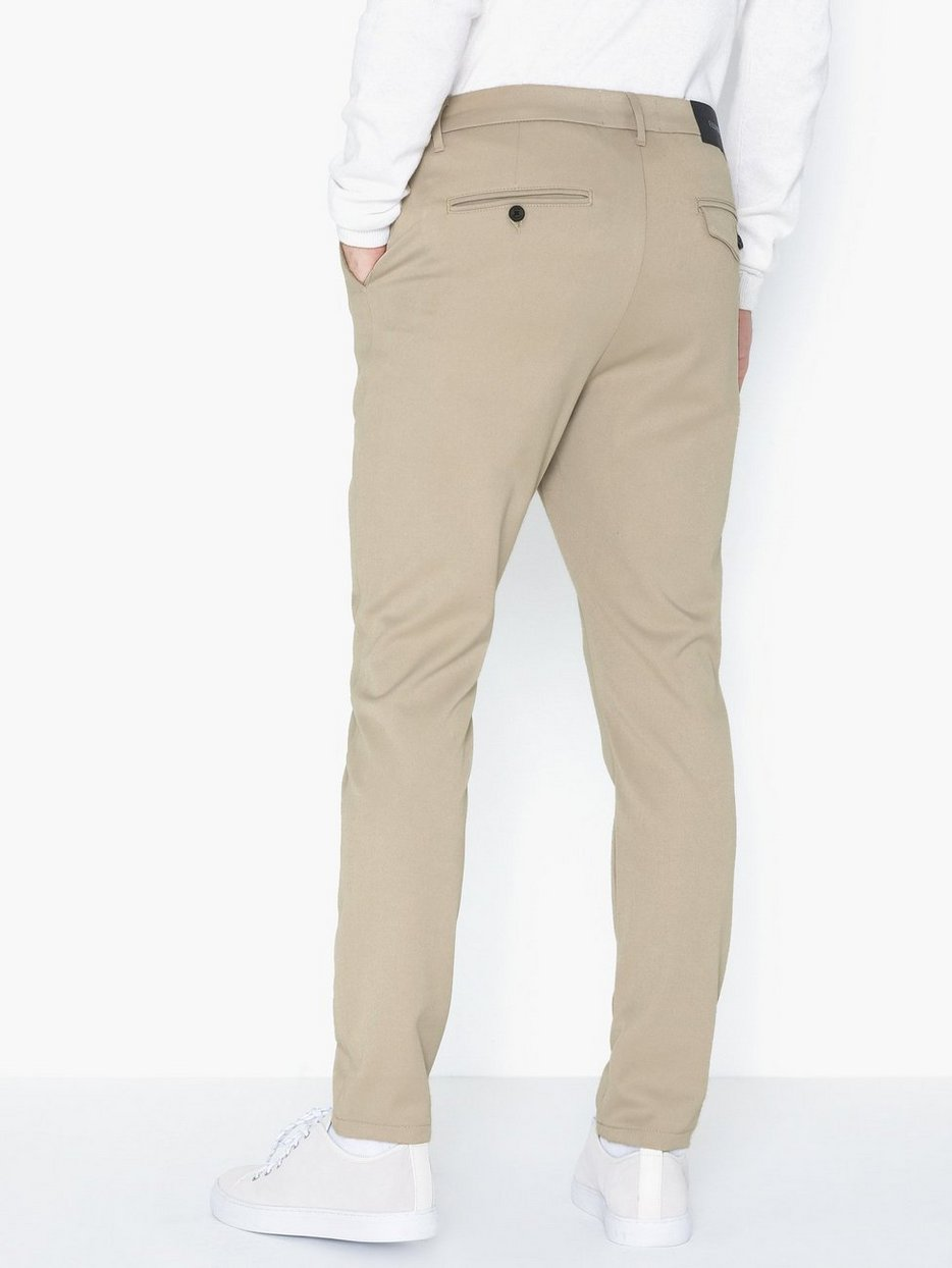 Crimson Stretch Pant