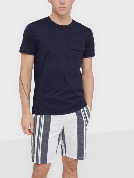 Selected Homme Slhperth Ss O Neck Tee B T shirts undertrøjer Mørkeblå mand køb billigt