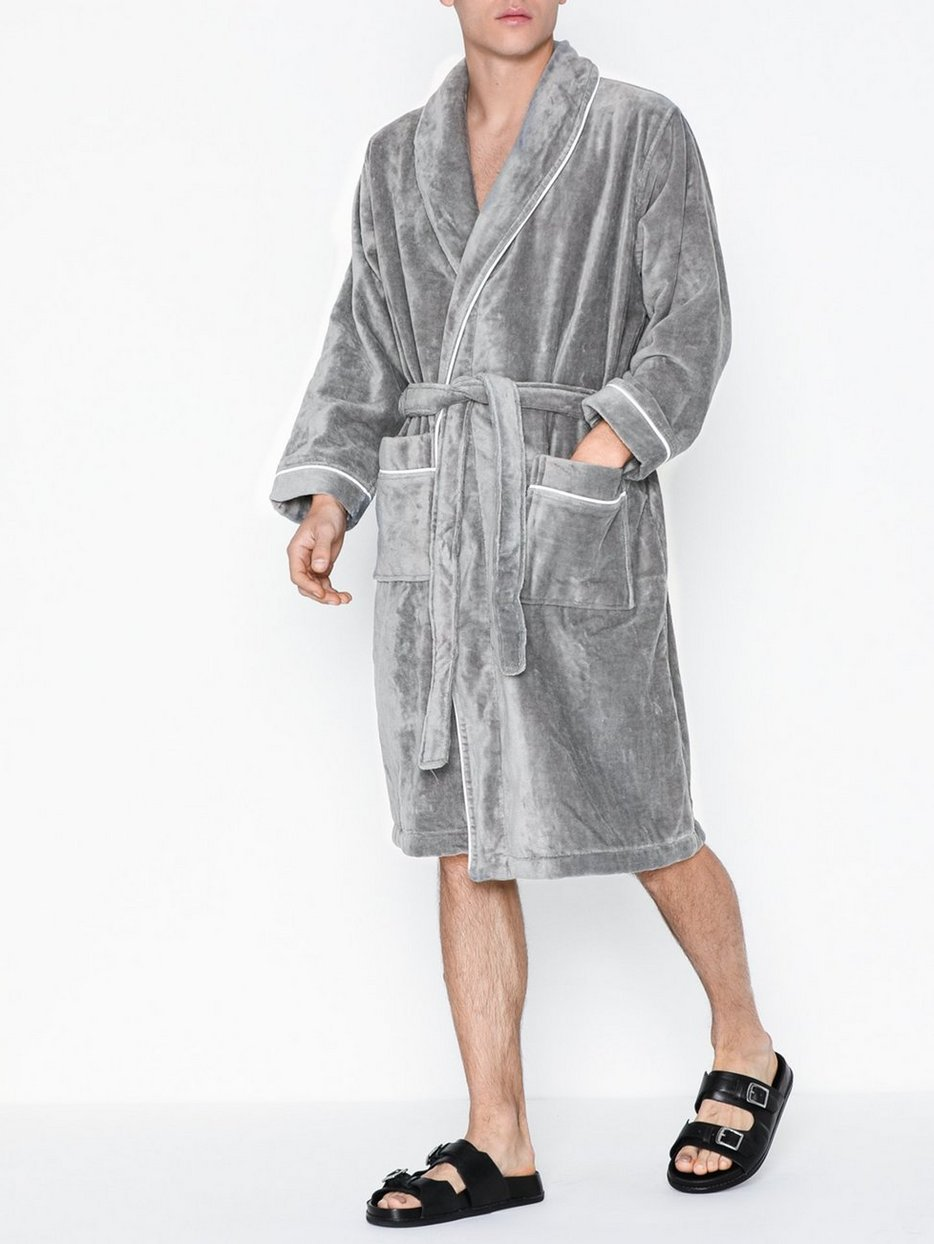 Paul Bathrobe