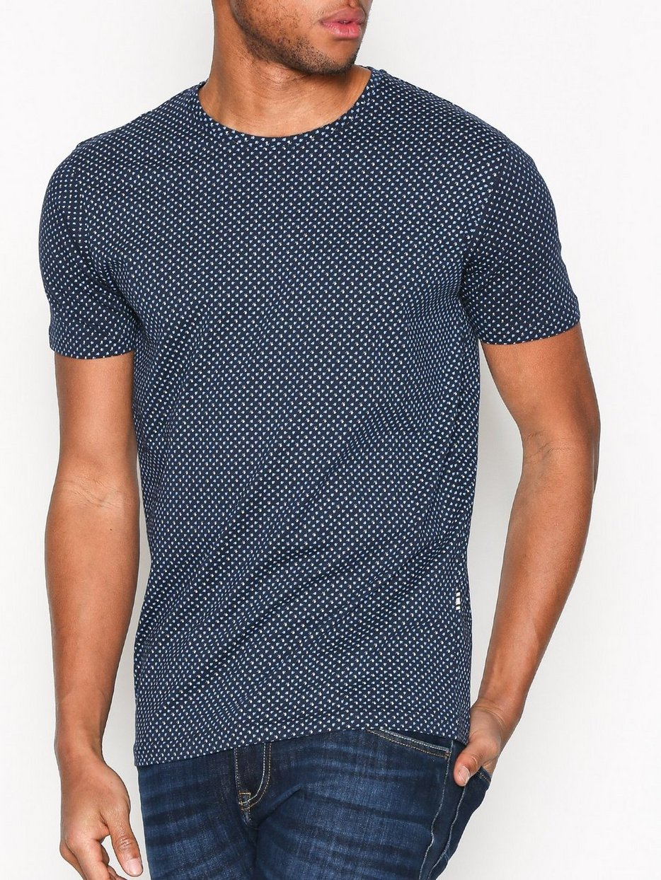 Texas t shirt tailored originals insignia blue t for Tailored t shirts online