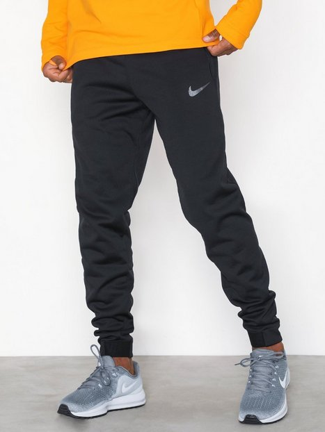 Nike M Nk Thrma Sphr Pant Træningsbukser Black - herre