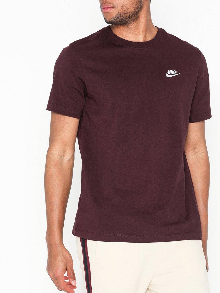 c1404796 M Nsw Club Tee - Nike Sportswear - Maroon - T - Shirts & Linens ...
