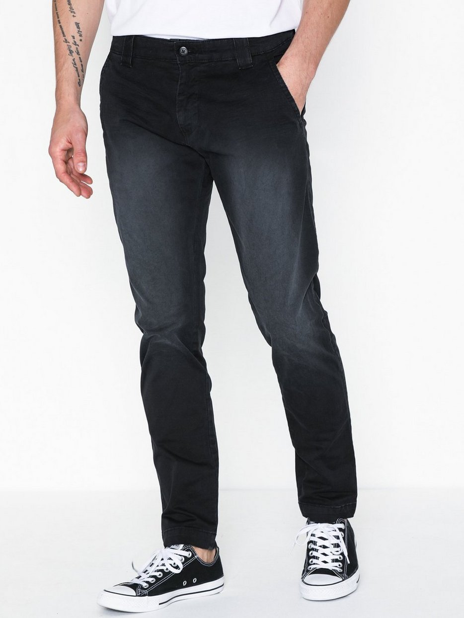 TJM Scanton Washed Chino Pant