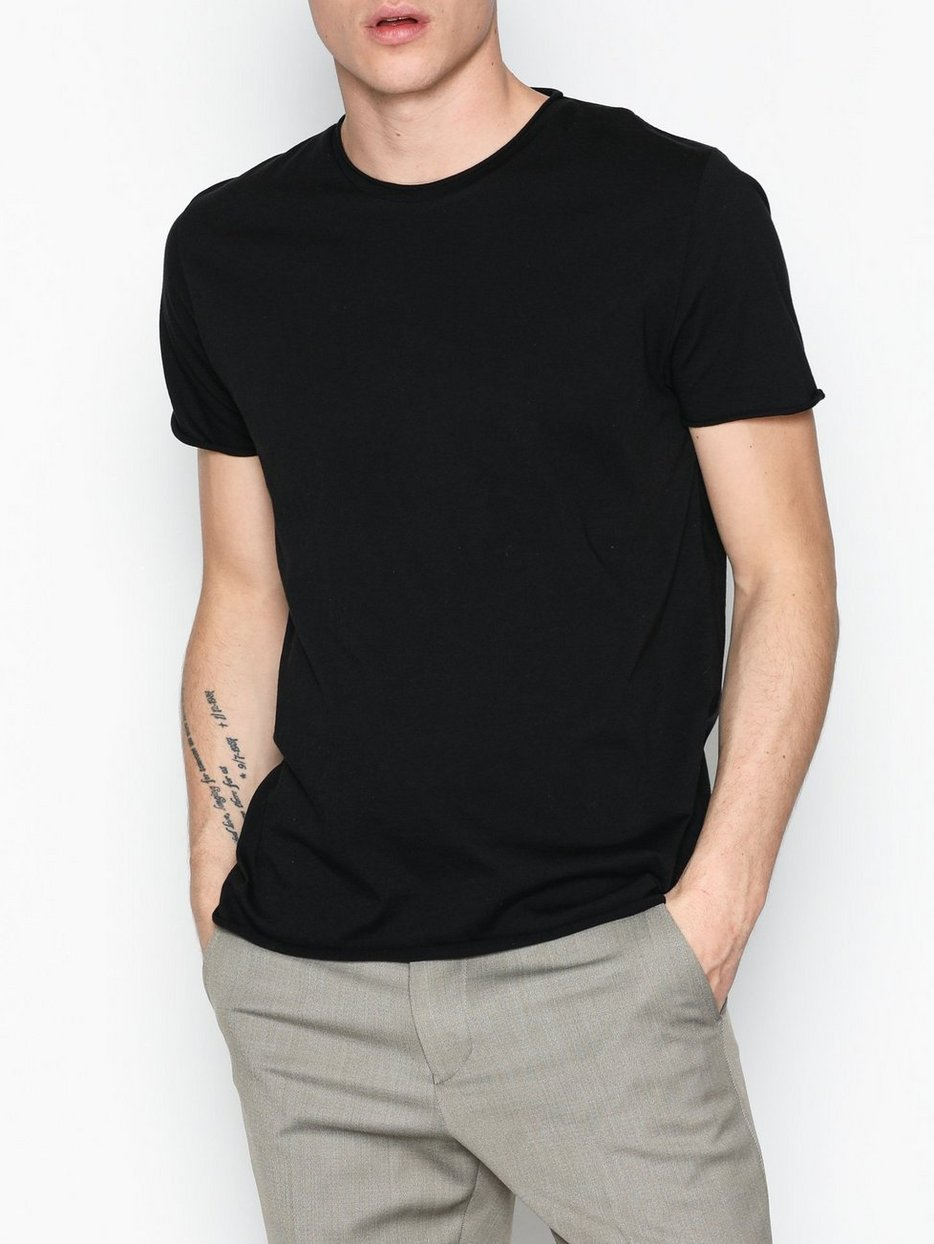 M. Roll Neck Tee