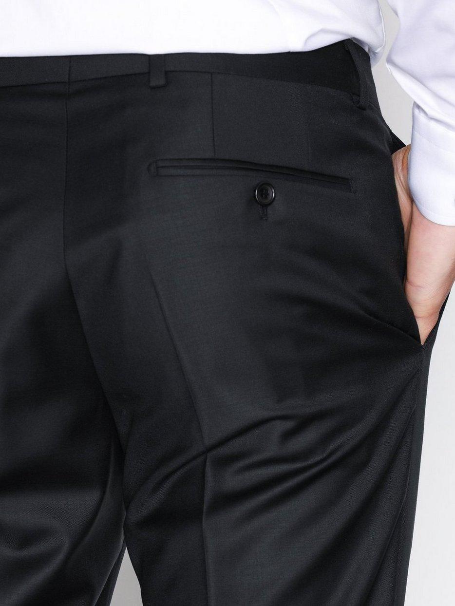 Morris Suit