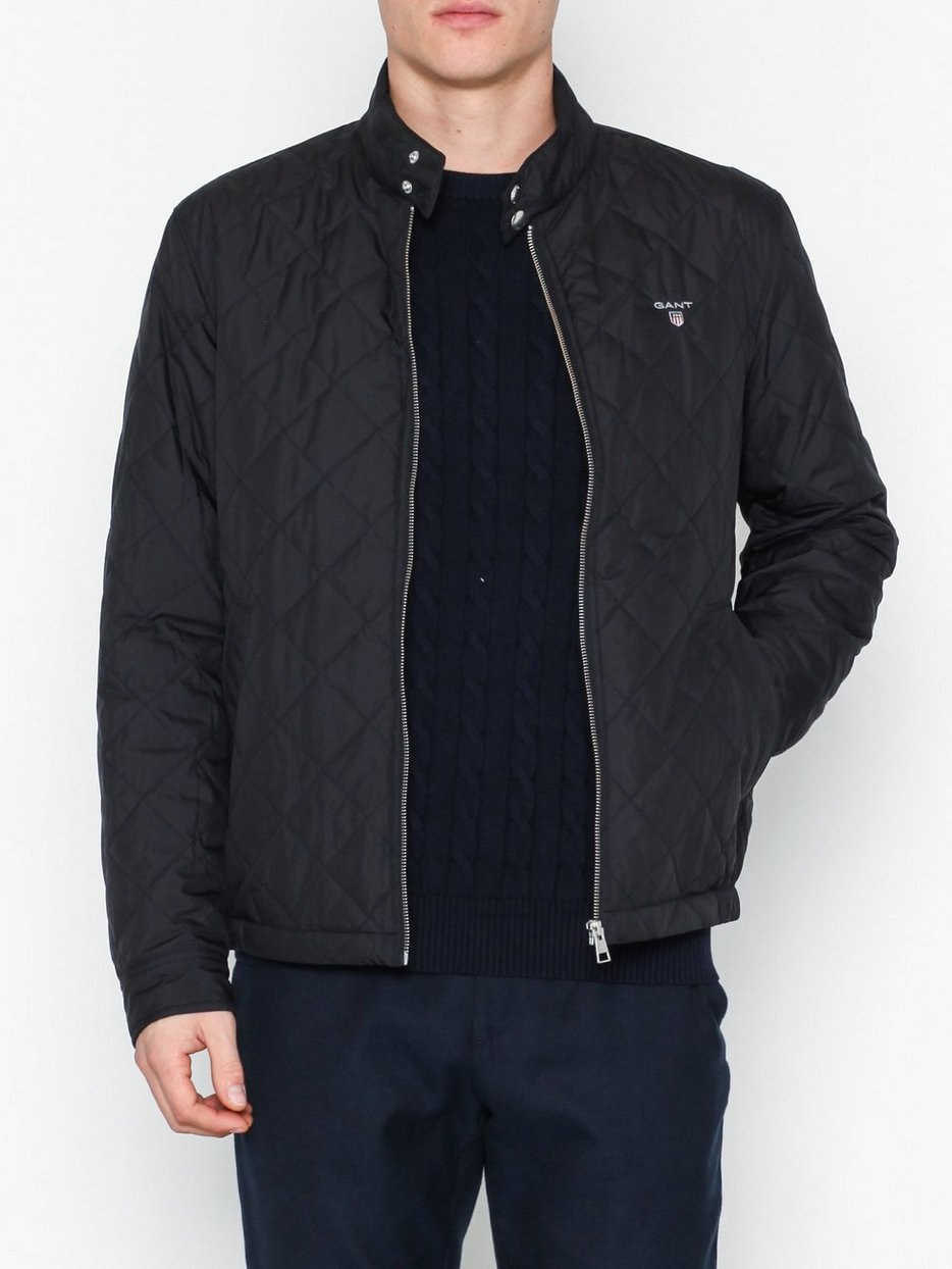 O1. THE QUILTED WINDCHEATER